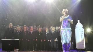 Lily Allen - Somewhere Only We Know Brixton Academ