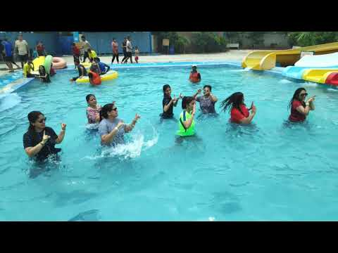 Aaj Blue Hai Pani Pani Aqua Zumba  Zumba Dance Workout  Zumba On Sunny Sunny-yo Yo Honey Singh