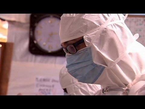 يورو نيوز: مضاعفات صحية للممرضة الاسكتلندية بعد شفائها من ايبولا