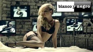 Смотреть клип Alexandra Stan - All My People