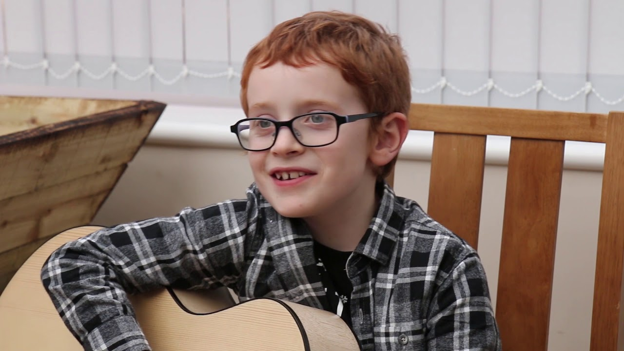 A young Ed Sheeran playing Castle on the Hill on a Whitby ...