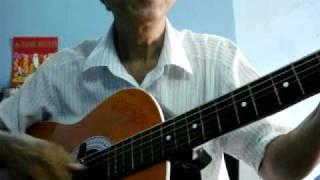 đệm hát guitar : bài  phượng buồn