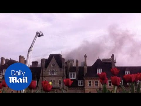 Firefighters battle blaze at Oxford's famous Randolph Hotel - Daily Mail