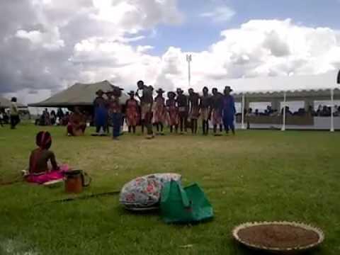 Dulenge ekalanyana Oshiwambo cultural group