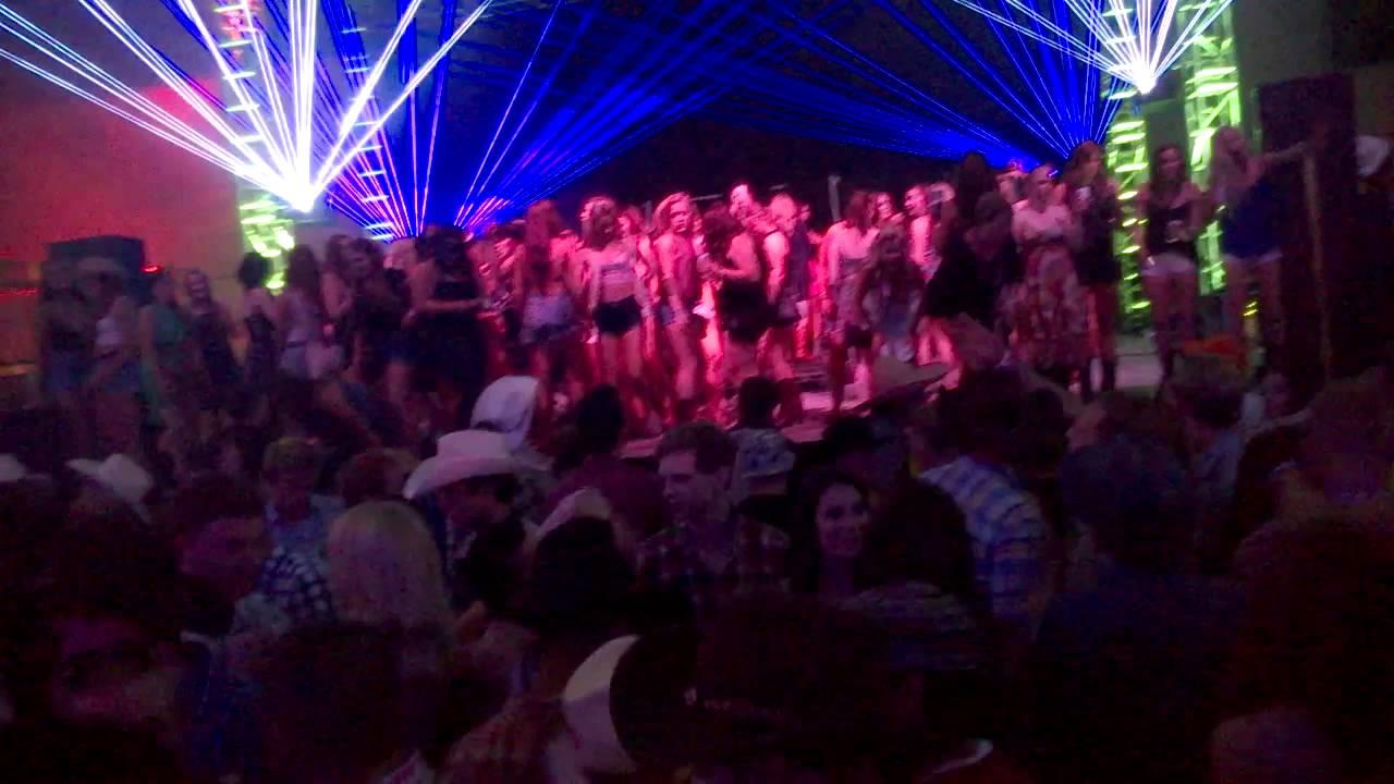 Cowboysu0027 tent & Cowboysu0027 tent - YouTube