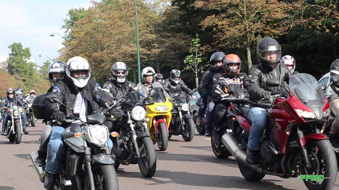 15000 motards contre interdiction circulation paris manif ffmc 10 octobre 2015 youtube. Black Bedroom Furniture Sets. Home Design Ideas