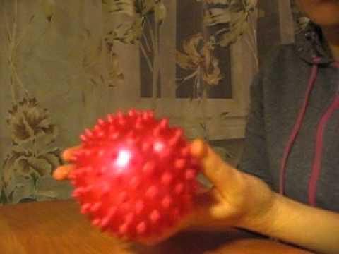 игры для детей 1-3 лет с массажным мячиком
