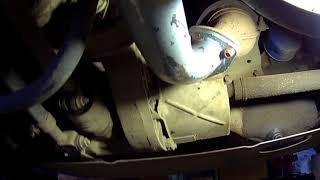 видео Замена глушителя Лада «Калина»