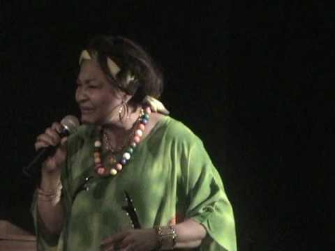 Jocelyne Dorisme, soliste & actrice performa: Haiti- Un Pot-Pourri. 05-15-10.