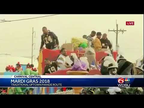 Saints players ride with Zulu for Mardi Gras 2018