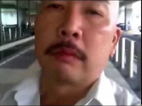 Rude Singapore Chrysler Taxi Driver