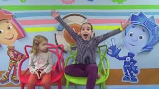 Блоггеры в Самом большом парке Детских развлечений Детская планета Киев. Детская игровая комната.(, 2016-10-11T15:00:02.000Z)