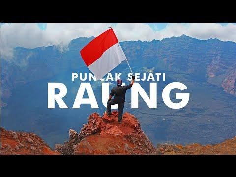 Merinding !!!! Melintasi tebing menuju puncak Raung Sejati