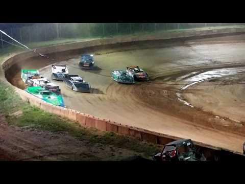 Late Model Feature @ Wartburg Speedway  (4-8-17)