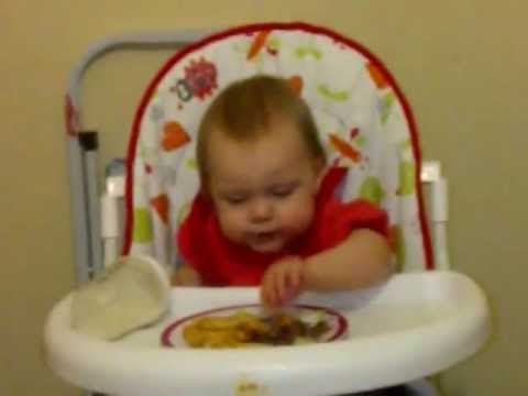 My one year old girl dancing in her high chair to some hardstyle