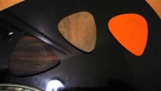 Wood Guitar Picks Vs. Plastic Guitar Picks - Wood Picks (wooden Plectra!!!)