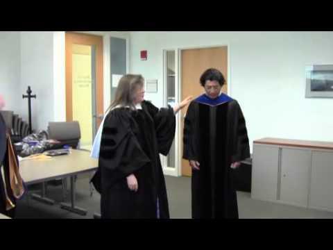 how to wear regalia hood