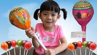 Bóc Kẹo Mút Khổng Lồ - Giant Lollipop Surprise Unboxing ❤ AnAn ToysReview TV ❤
