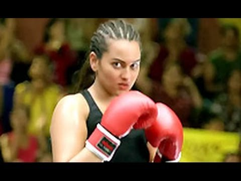 BEWARE! Sonakshi Sinha is a BOXER!  Hindi Cinema Latest   Holiday, Akshay Kumar