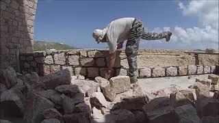 Техника кладки малой подпорной каменной стены / Technics of masonry of small retaining stone wall(, 2015-05-22T10:58:07.000Z)