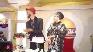 Download Video Dayah Dalnurshe iyo xaaskiisa oo wacdara dhigay Shumis iyo wax kale MP3 3GP MP4