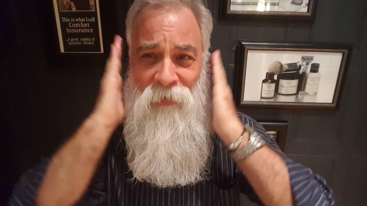 weird but effective beard grooming hack doovi. Black Bedroom Furniture Sets. Home Design Ideas