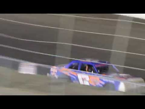 MVI 1022    CORN-HUSKER CLASSIC I 80 SPEEDWAY HOBBY STOCK FEATURE 10/8/2016