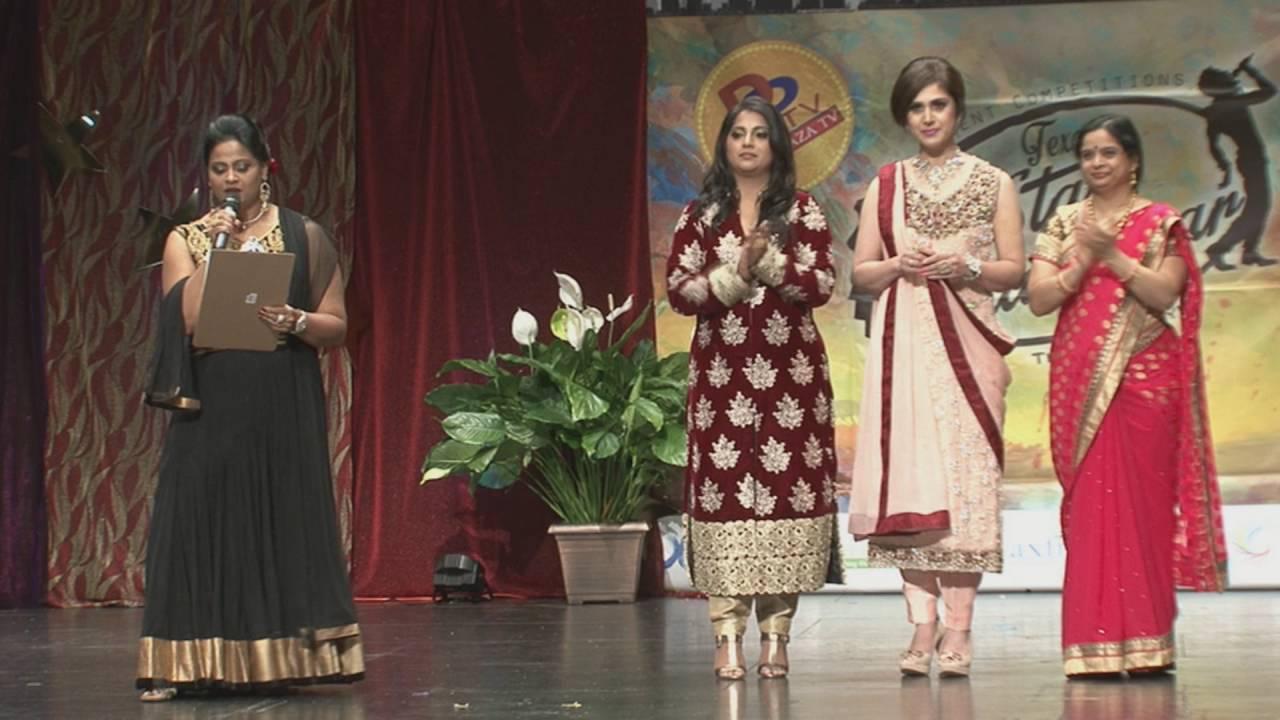 Meenakshi Seshadri presenting Solo Dancing Title at Star Kalakaar - 2016