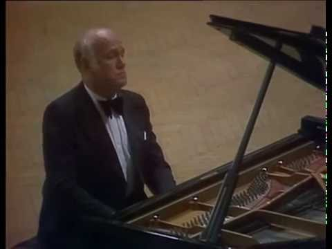 Beethoven Recital - Sviatoslav Richter - (Moscow, 1976)