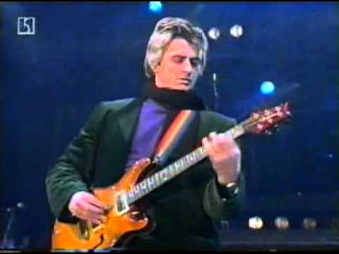 9519e55fc548 Mike Oldfield - Moonlight Shadow (Live in Berlin 1999-12-31) from TV ...