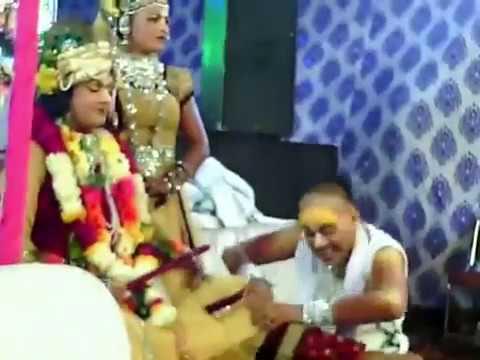 तेरी गौद मे आयो लाल बधाई दे दे री मैया   Teri God Mai Ayo Lal Badhai Dede Re Maiya
