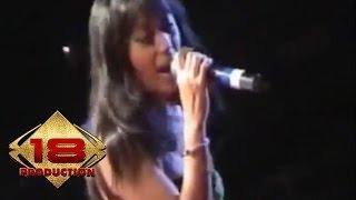 Dangdut - Zakia (Live Konser Banyuwangi 12 Februari 2006)