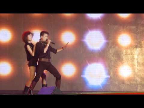 khoang cach remix..le hoi toc -2011