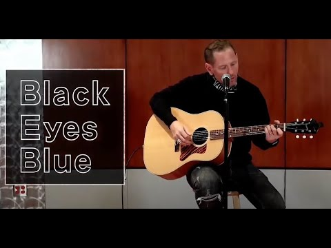 "Slipknot/Stone Sour's Corey Taylor performed ""Black Eyes Blue"" for Japanese TV, acoustically"