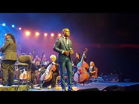 Takie Ndou - Una Ndavha Na Nne. (LIVE Performance)
