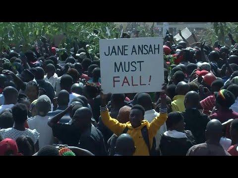 Political protests in Malawi turn violent | AFP