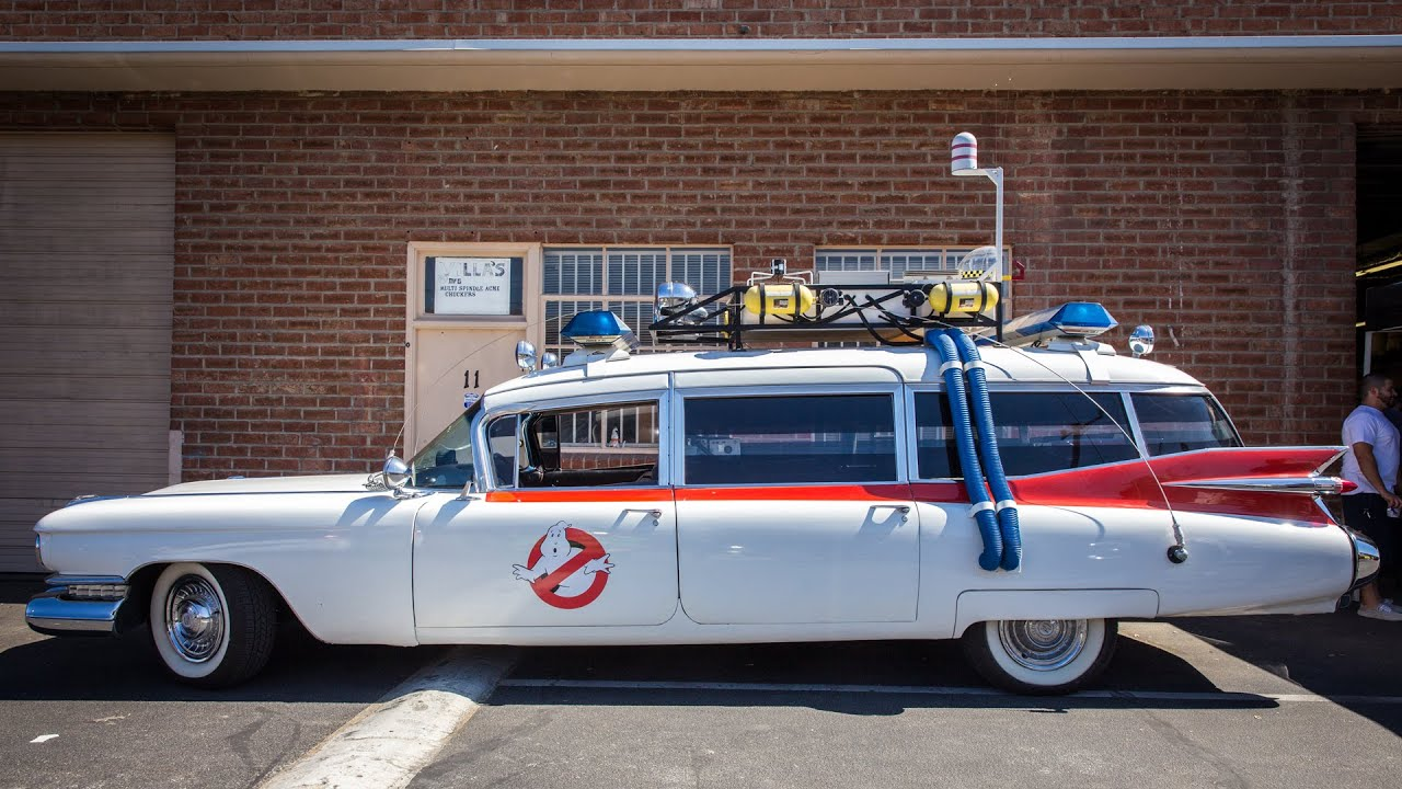 ghostbusters ecto 1 replica car youtube. Black Bedroom Furniture Sets. Home Design Ideas