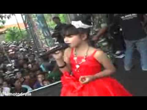 Tasya Rosmala - Menyulam Kain Rapuh (Best Performance) Ibra Collections