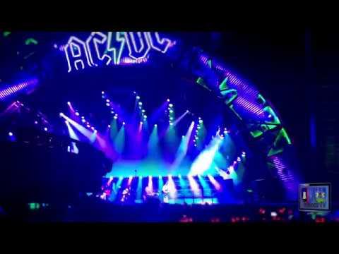 """AC/DC à Marseille concert en France du """"Rock or Bust Tour"""" avec Axl Rose des Guns N' Roses au chant"""
