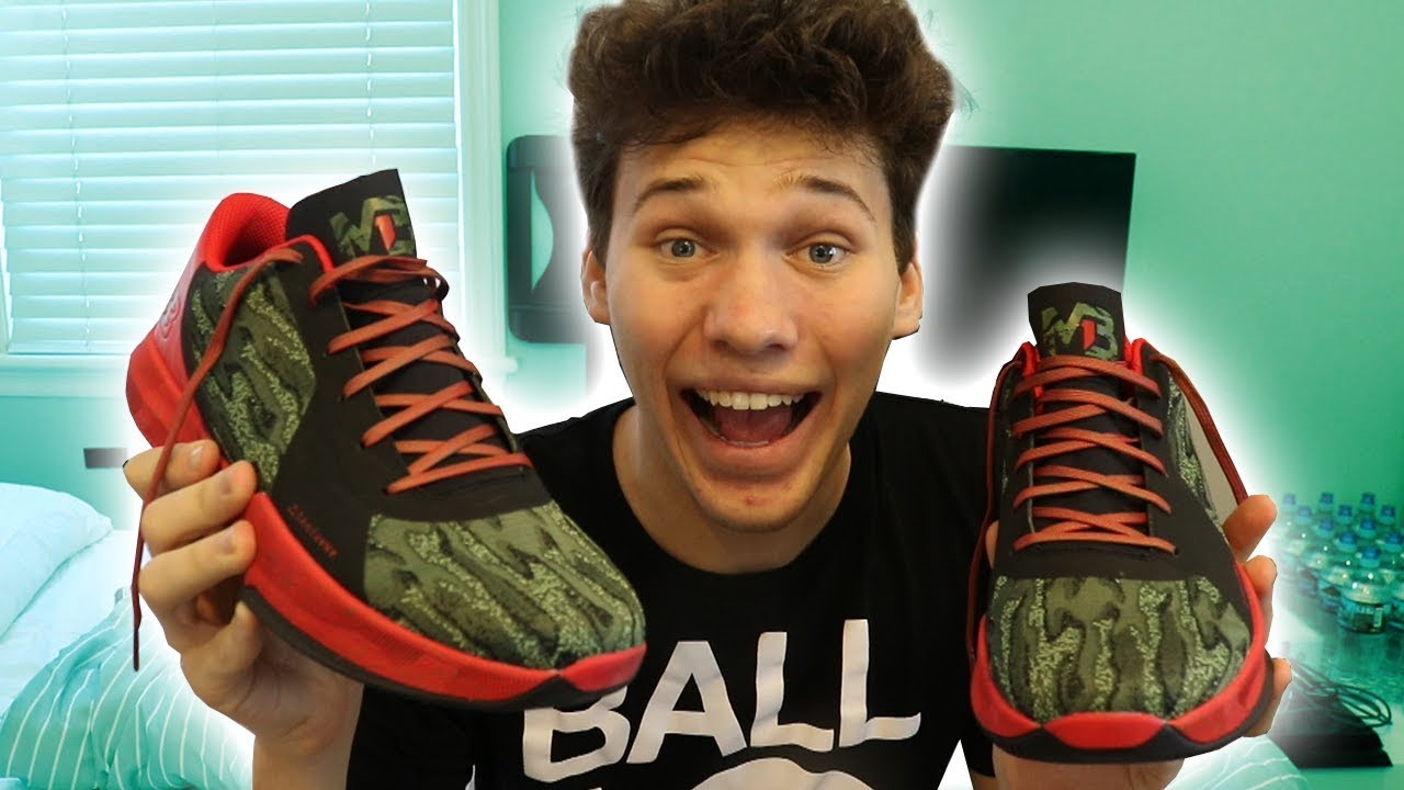 UNBOXING THE $400 LAMELO BALL 1 SHOES