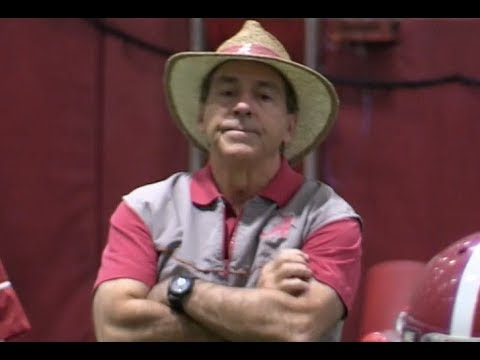 Alabama football prepares for Clemson