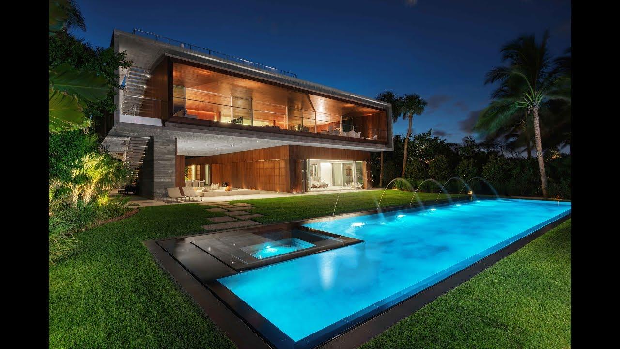 Ultra Modern Architectural Masterpiece In Miami Beach