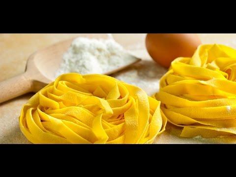 Домашняя яичная паста. Pasta all'uovo. Итальянская кухня.