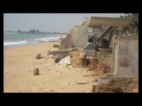 La ville d'Aného bientôt effacée complètement de la carte du Togo par l'érosion côtière
