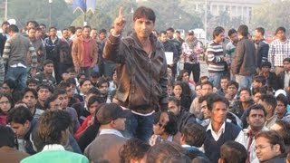 Protest at India Gate for Justice with Dr Kumar Vishwas and Vrinda Karat thumbnail