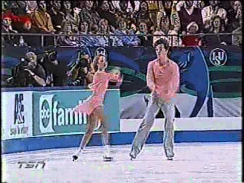 Elena Berezhnaya & Anton Sikharulidze - 2001 Grand Prix Finals Short Program - La Califfa