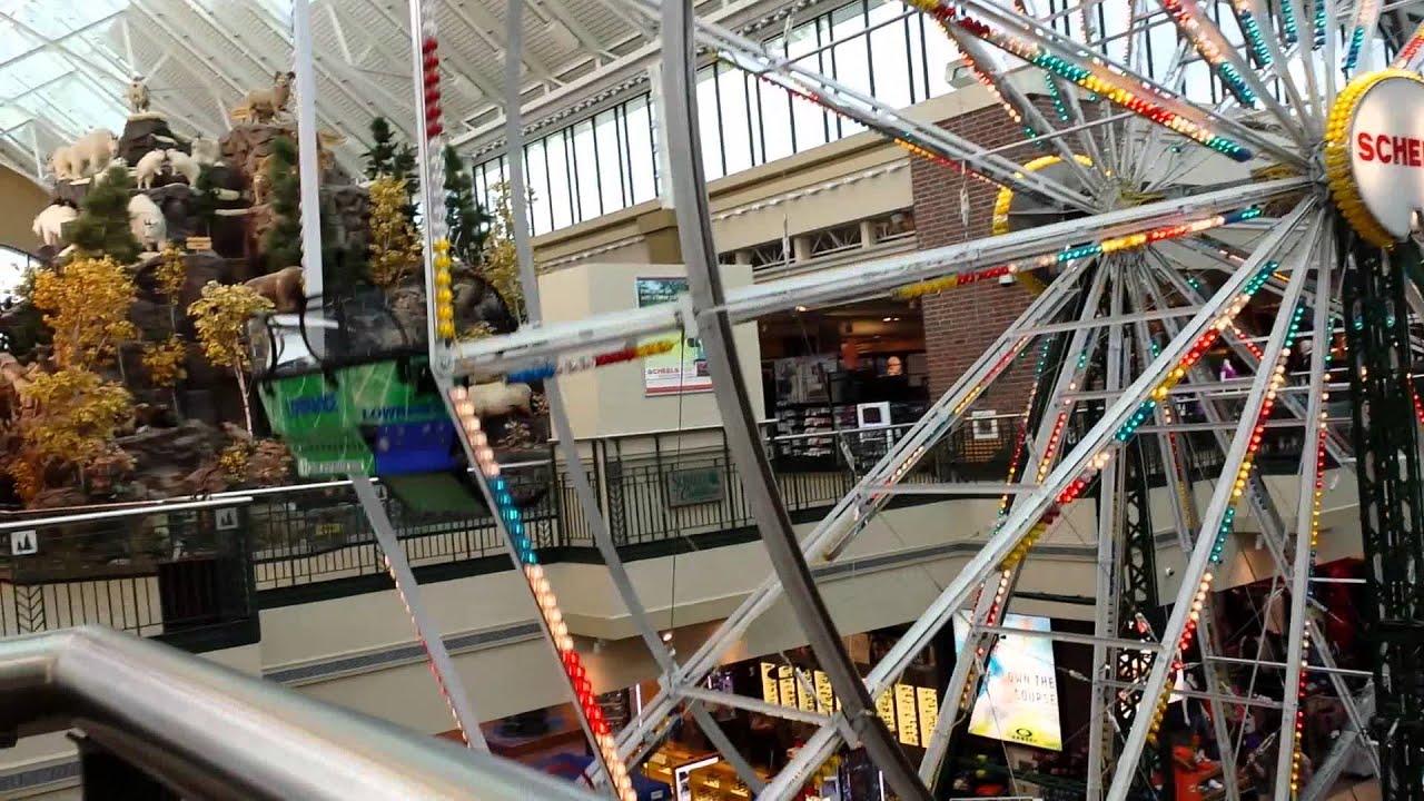 Ferris wheel inside of scheels sporting goods store in for Scheels fargo