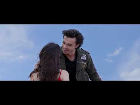 Download Dheere Dheere Se Tera Hua song with English translation | Atif Aslam | Loveyatri |