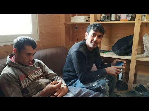 Зоркие соколы из Таджикистана разбили безрамные окна !!! // Демонтаж безрамного остекления фахверк