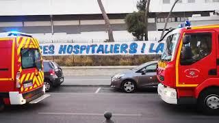 À La Ciotat, policiers et pompiers rendent hommage aux soignants